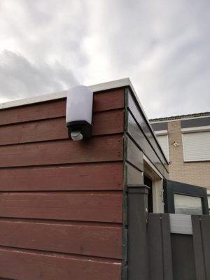 Gouda Goverwelle - Nieuws - Wijkteam - Eerste lampen hangen in Molenbuurt!